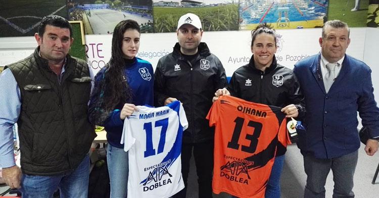 María Marín y Oihana con sus nuevos colores. Foto: Pozoalbense Femenino