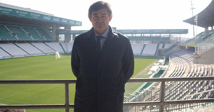Javier González Calvo en una vista de El Arcángel desde el Fondo Norte.