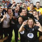 Los jugadores del Córdoba celebrando su clasificación en Murcia en 2014. Foto: La Provincia