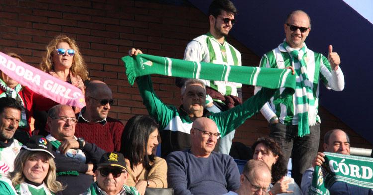 La afición del Córdoba en uno de los desplazamientos de esta temporada. Autor: Paco Jiménez