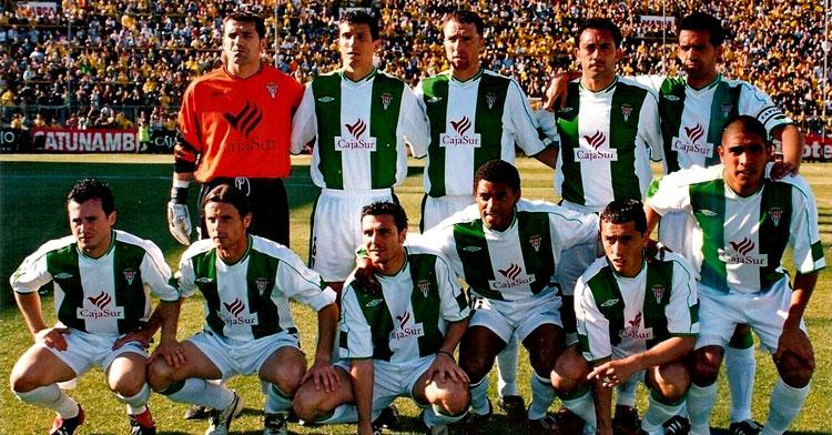 El Córdoba de la temporada 2003-04 superó al Algeciras en el último cara a cara entre ambos en Segunda. Foto: equiposdefutbol2.blogspot.com