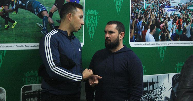 Jorge Rodríguez departiendo con el nutricionista Kevin que llegó al Córdoba de la mano de Enrique Martín.