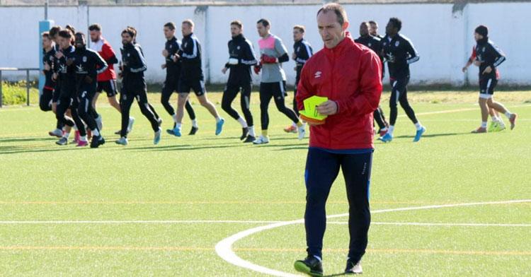 Pedro Munitis en uno de los entrenamientos de esta semana. Foto: CD Badajoz
