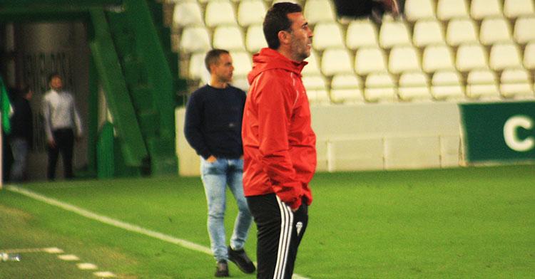 Agné su su último partido al frente del Córdoba en El Arcángel.