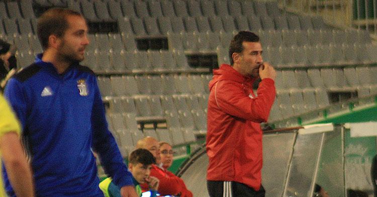 Raúl Agné en la banda de El Arcángel con el ex-cordobesista Verza a la izquierda.