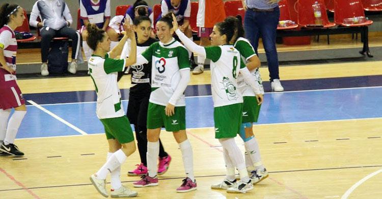 Las jugadoras del Cajasur Deportivo celebrando un tanto
