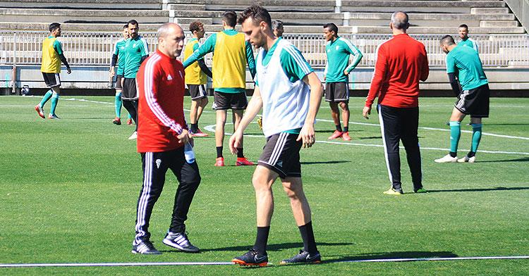 Imanol García junto a Juan Sabas en uno de los últimos entrenamientos en la Ciudad Deportiva.