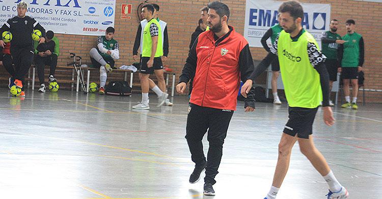 Josan González junto a Zequi en un entrenamiento en el Guadalquivir