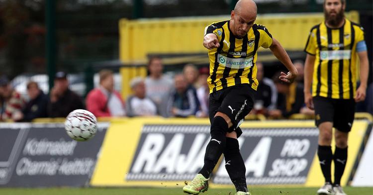 Javi Hervás y su casi tercera temporada en el FC Honka de Finlandia. Foto: Juha Tamminen.