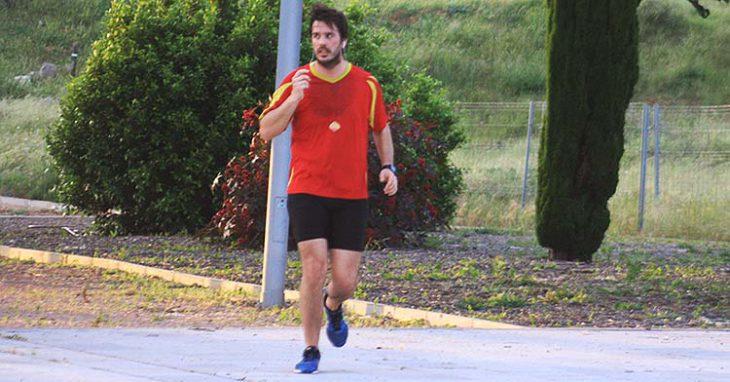 atleta con la Roja