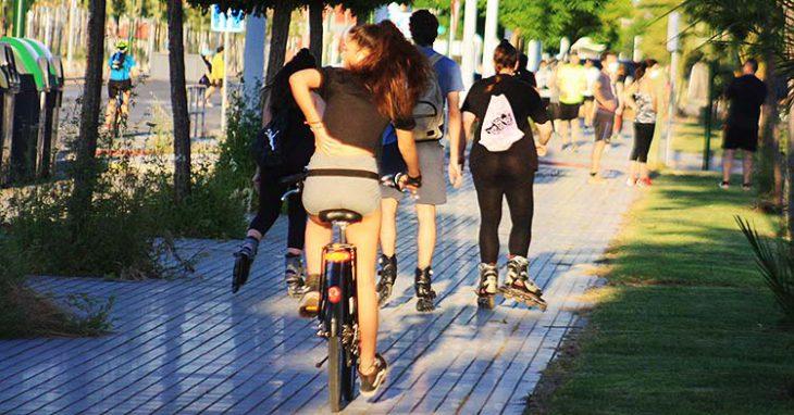 ciclista por paseo poniente