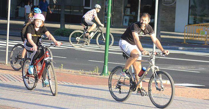 ciclistas por la ronda oeste