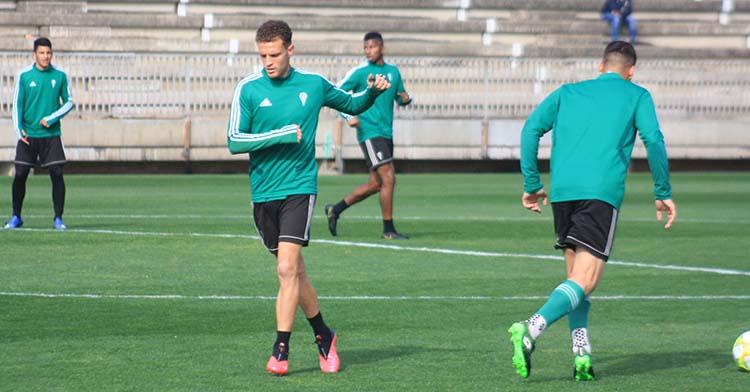 Jordi Tur ejercitándose en la Ciudad Deportiva en uno de los últimos entrenamientos de marzo.