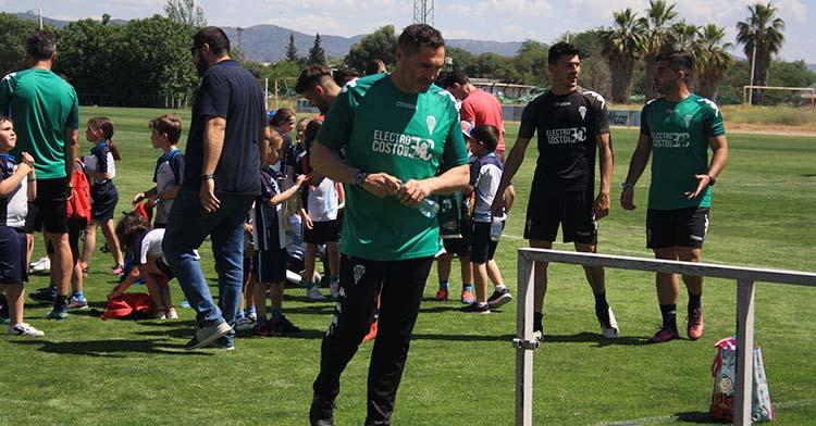 Rafa Navarro en uno de sus últimos entrenamientos con el Córdoba en mayo de 2019.
