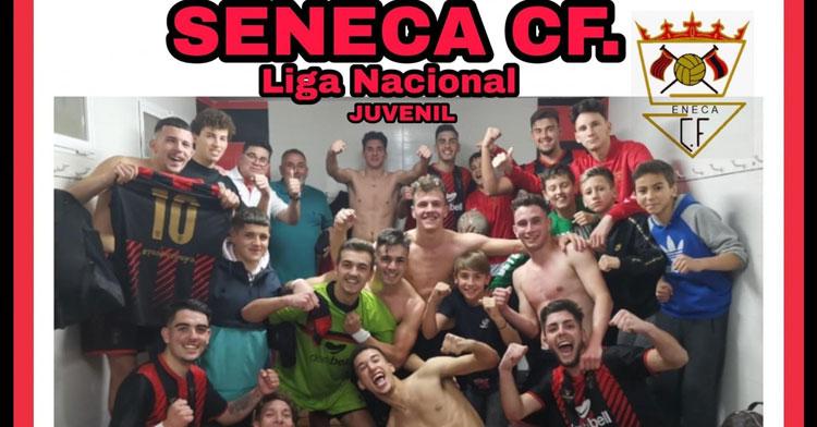 Los jugadores del Séneca tras una de sus victorias de esta temporada. Imagen: Josemafotos