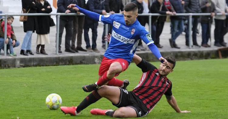Zelu en un partido con la UD Logroñés. Foto: Fernando Díaz / www.larioja.com