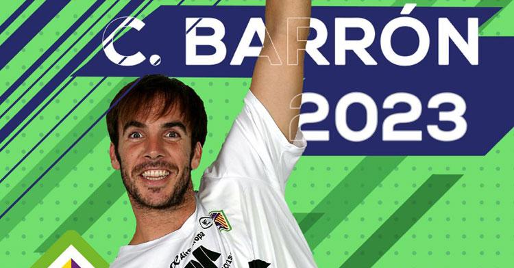 Carlos Barrón en el cartelón creado por el Palma Futsal para anunciar su continuidad