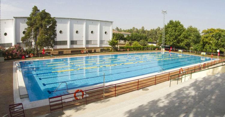 Una imagen de la piscina de la UCO en Rabanales