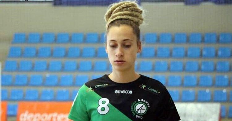Camila Bonazzola, jugadora del Adesal. Foto: Marga Tarascón