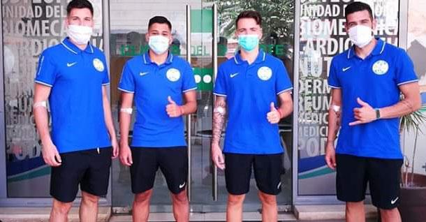 Los jugadores del Ciudad preparados para pasar su test. Foto: @ciudaddelucena