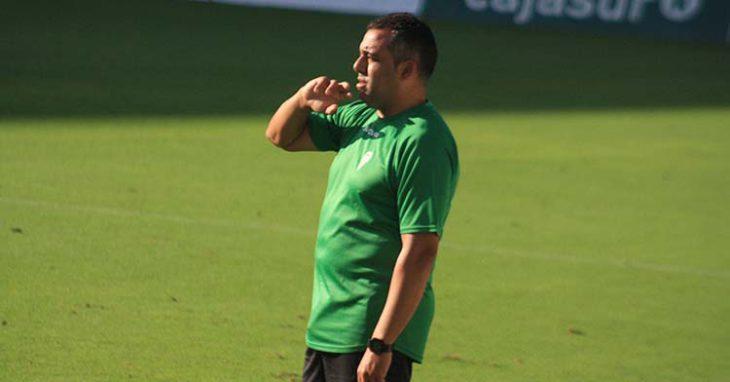 Germán Crespo siguiendo a su equipo