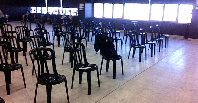 Las sillas preparadas para una Junta General de Accionistas en temporadas atrás
