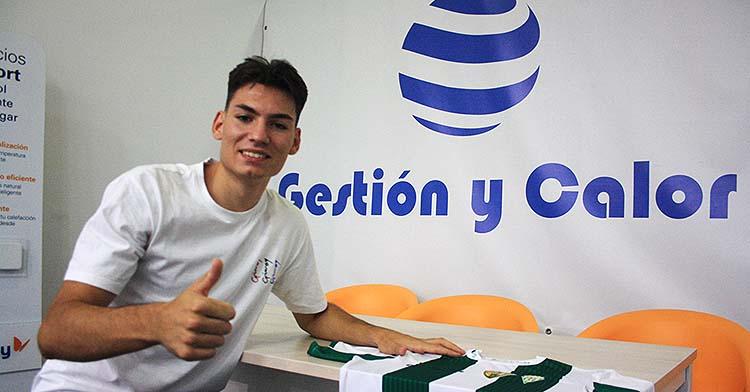 Ricardo Mayor durante su puesta de largo en la sede de Gestión y Calor.