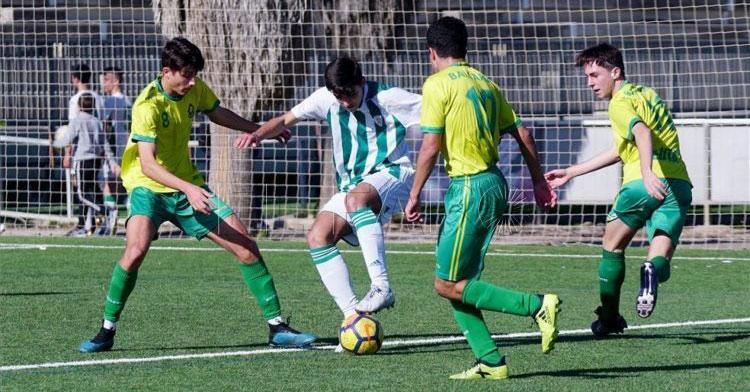 Un partido de competición juvenil de la pasada temporada. Foto: El Faro de Ceuta
