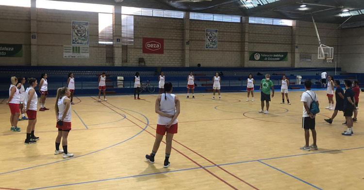Las jugadoras del equipo en uno de sus entrenamientos