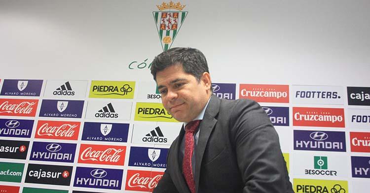 Francisco Estepa en noviembre de 2019 en su primera aparición por la sala de prensa de El Arcángel antes de la venta de la unidad productiva.