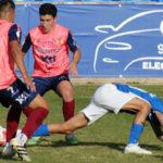 El Yeclano arrancó la liga puntuando en Linares. Foto: Yeclano Deportivo