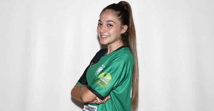 Irene García, jugadora del Adesal. Foto: Fran Pérez / @balonmanoAdesal