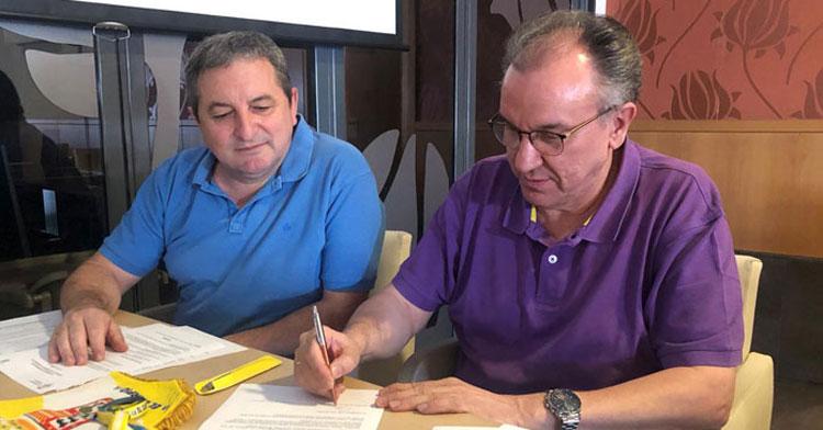 Pablo García, a la derecha, en una imagen de este verano