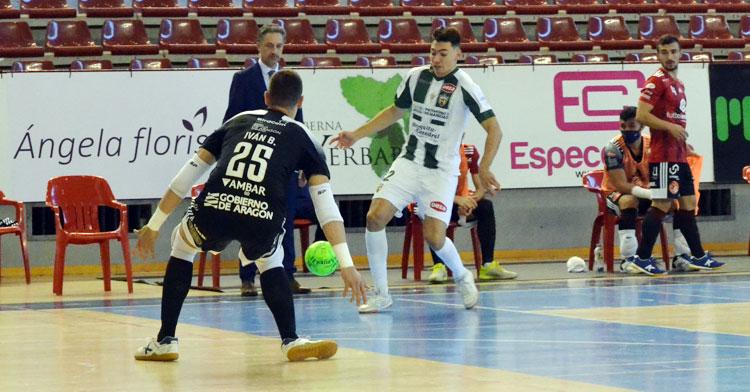 Ricardo Mayor en el partido ante el Zaragoza. Autor: Javier Olivar