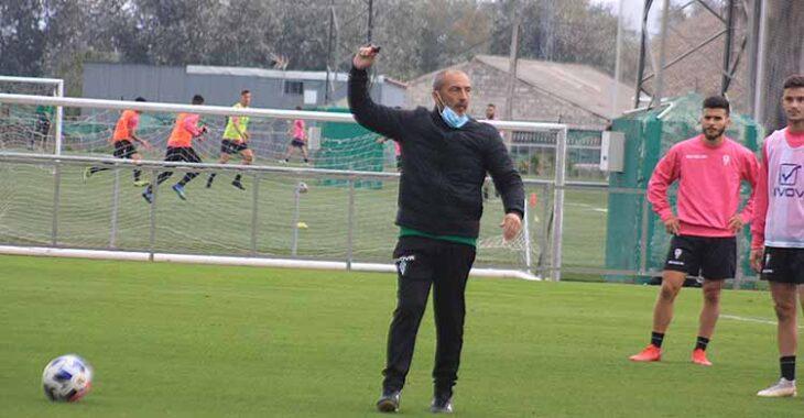 Sabas ya no tocará más el silbato en los entrenamientos del Córdoba CF.
