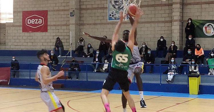 Una imagen de la primera semifinal jugada en el Colegio Cervantes. Foto: FAB Córdoba