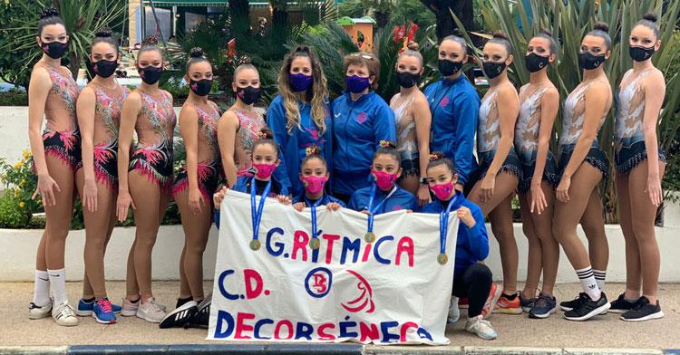 Las representantes del Decorséneca en el Andaluz