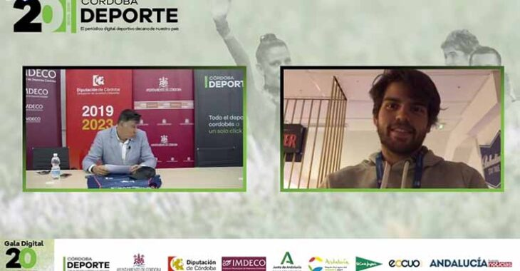 Javi Garrido participando en la Gala Digital del 20 Aniversario desde Madrid.