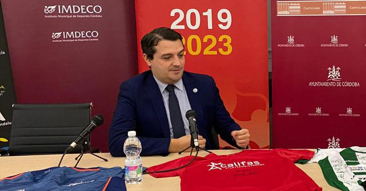 José María Bellido en el set de Cordobadeporte durante la Gala Digital 20º Aniversario. Foto: Álvaro Carmona