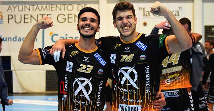 Felices. Xavi Tùa y David Estepa ya esperan el primer partido de 2021 con la final de la Copa Andalucía.