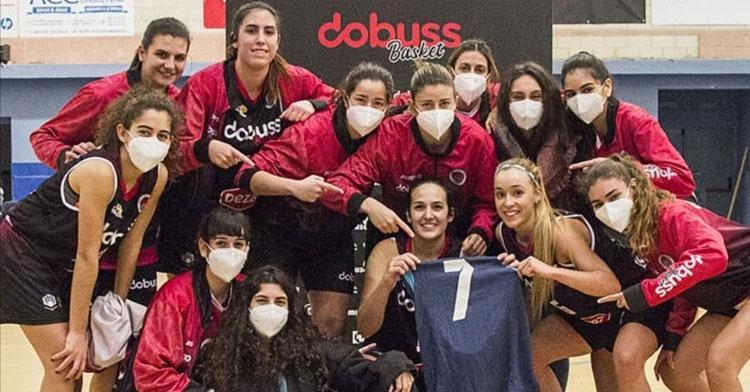 Las jugadoras del Dobuss Córdoba Básket celebraron una nueva victoria. Foto: Radio Marca Córdoba