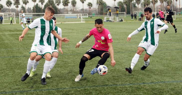 El filial blanquiverde no quiere dejar escapar más puntos en la Ciudad Deportiva. Foto: CD Ciudad de Lucena