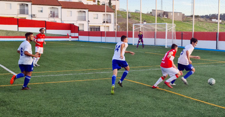 Como en la ida, el cuadro rojillo pudo con el Atlético Onubense. Foto: Atlético Espeleño