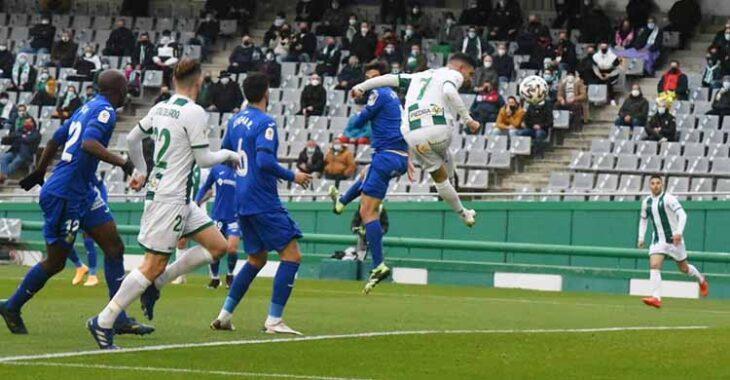 El cabezazo a gol de Willy a los siete minutos de juego.