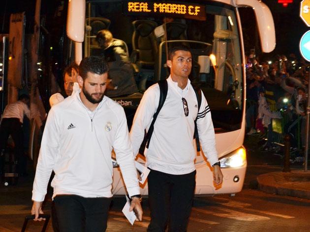 Cristiano Ronaldo en Córdoba, llegando al hotel junto a Nacho