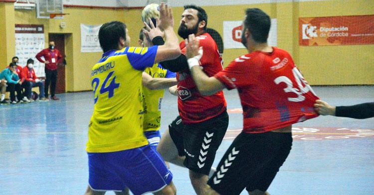 Juanlu Moyano anotó un gol clave en la pista de Trapagaran. Foto: CBM