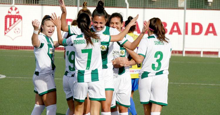 Las jugadoras del Córdoba Femenino celebrando un tanto. Foto: Antonio Quintero / @CordobaFemenino