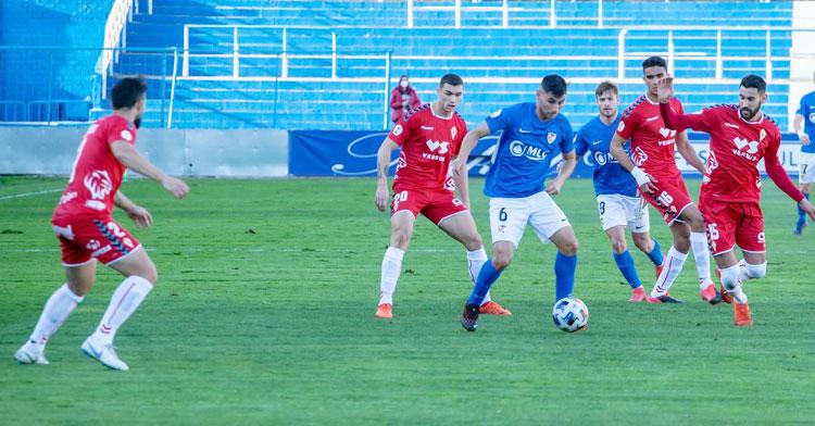 El Linares llega como líder sólo tras ganar al Real Murcia. Foto: Linares Deportivo