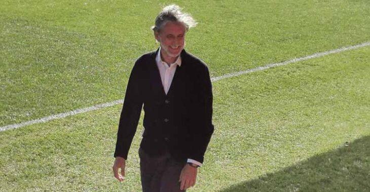 Pablo Alfaro en la banda del Estadio Jesús Navas el pasado domingo