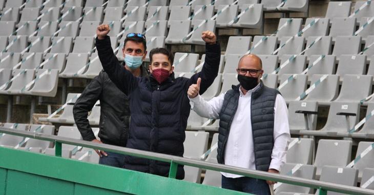 La afición blanquiverde volvía al estadio. Autor: Paco Jiménez.